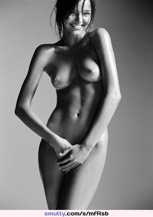 jennifer aniston and courteney cox naked