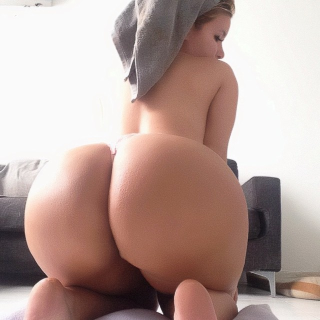 asian kazakh girl fucks in the kitchen with russian guy