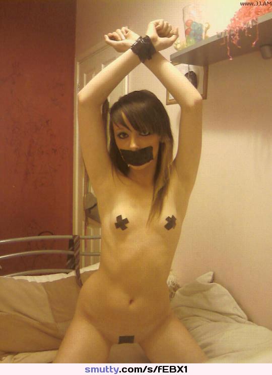 curvy asian bombshell katsuni teases her perfect ass before anal