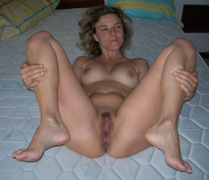 nude share nsfwhardcore she knows how to suck a cock