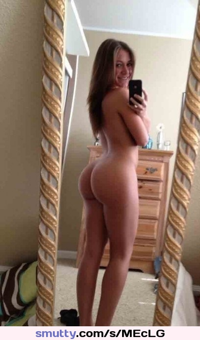 big booty samantha shakes her ass