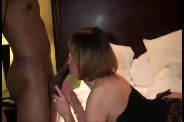 love chat hot ebony with pierced nipples anal show