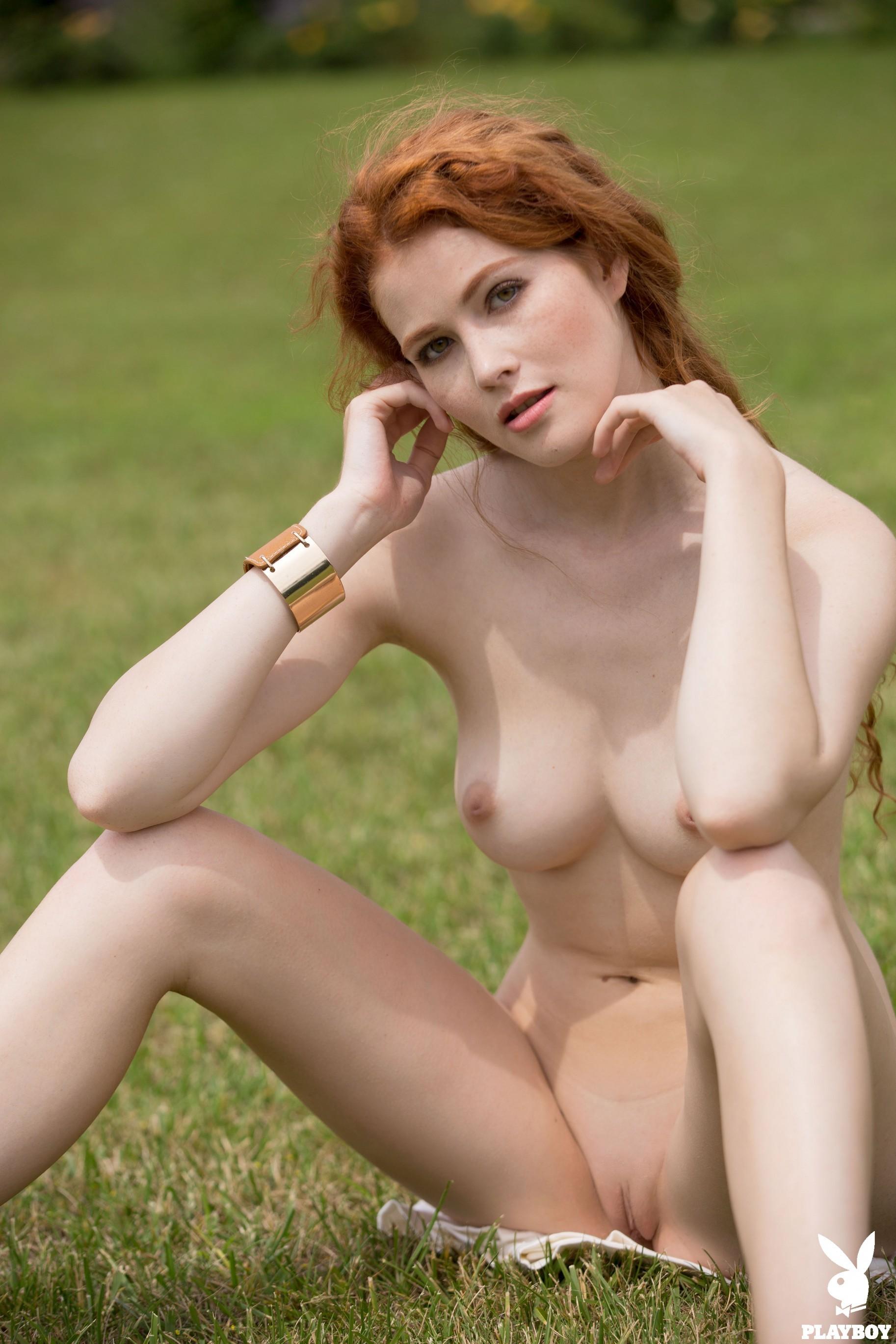 best shiny images on pinterest latex fashion latex girls