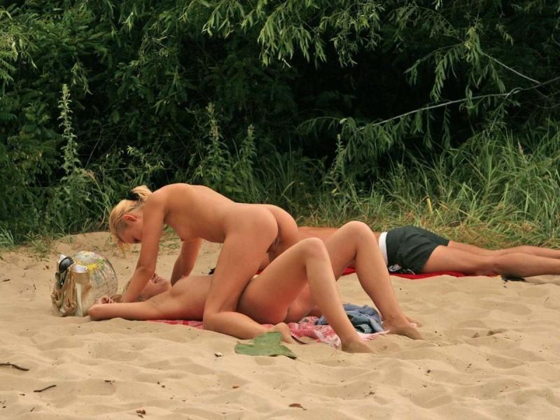 homemade chubby amateur blonde slut fucks on cam porn