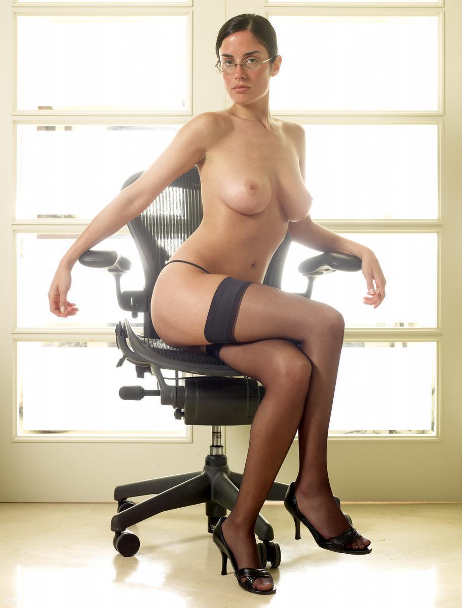 erotika big pics nude big boobs