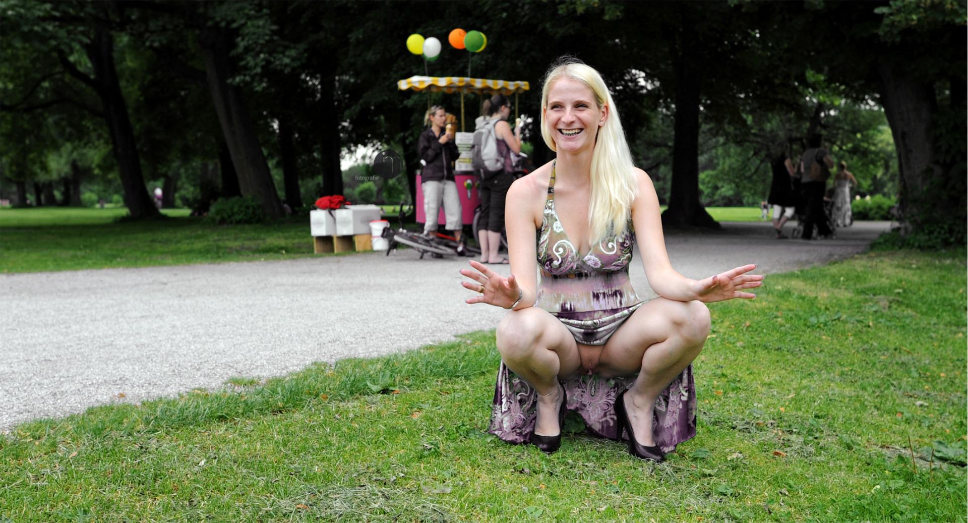 twice likey teaser chaeyoung sana dahyun #blonde #smile #public #outdoors #flashing #pussy #flashingpussy #park #dress