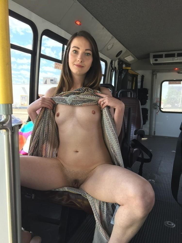 muscle goddess maryse manios plays with a dildo tmb