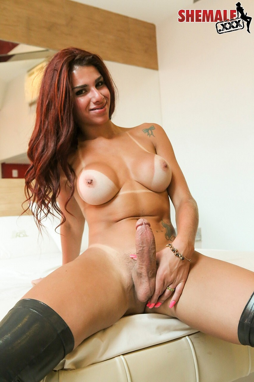 large dicks shemales and normal girlfreinds pics