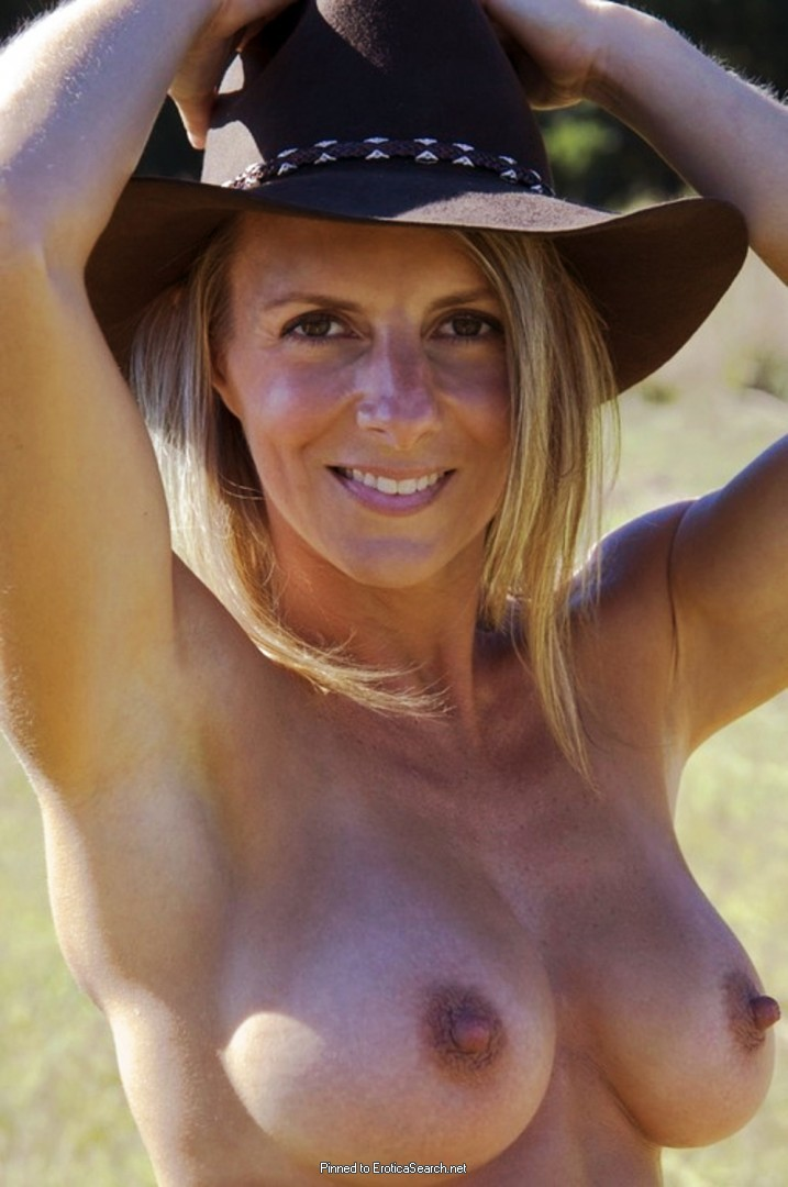 free pornstar bambi brooks images and galleries