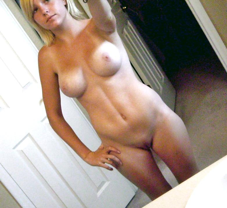 jessie gif find share on giphy Selfshot Selfie Amateur Fit 6Pack Abs Faketits Shaved Pussy Spread