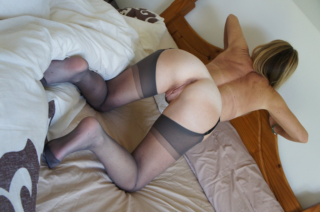 marvel hentai marvel sex marvel hentai marvel comic sex #bitchborn #blonde #cushions #doggy #floor #onallfours #posing #roughfucktoy #sunny #vinesfav