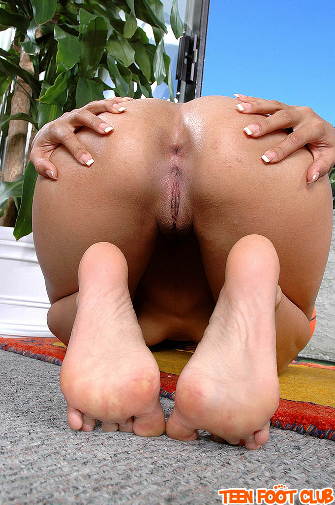 shemale real hermaphrodite she he has both dick and pussy