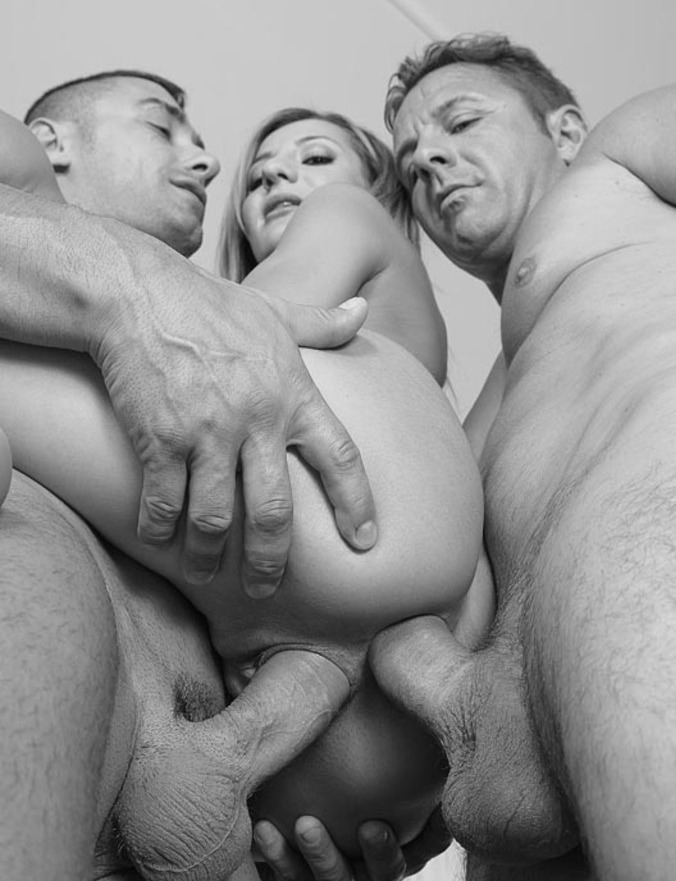 petitte girl spanked tied down and gangbanged off older menn