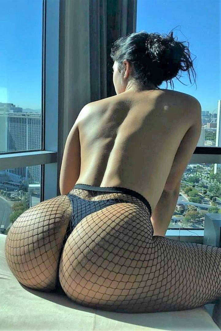 sexy latina girl with a huge ass named gia