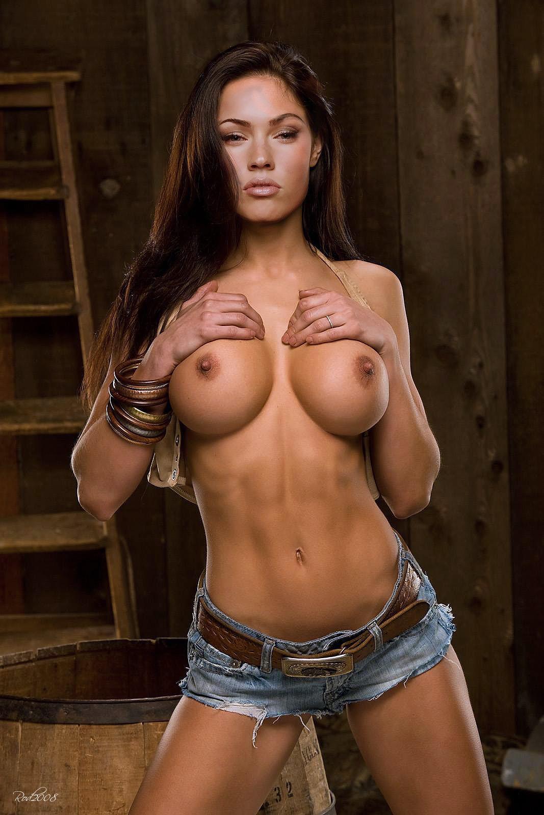 sexy big boobs porn and sexy nude big boobs pornstars photos
