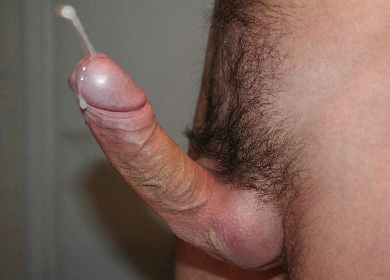 horny amateur wife enjoys tight bedroom bondage