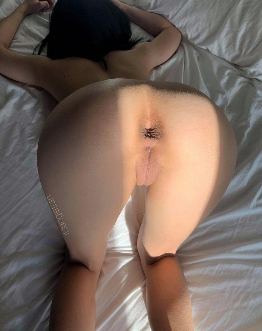 public jock cums after jerking off #sexy#ass#waitingforcock#readyforanal