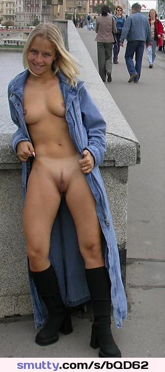 accidental nudity tube hot girls wallpaper #public #exhibitionist #outdoor #shameless #seductive #nicebody #amazing #desirable #omg