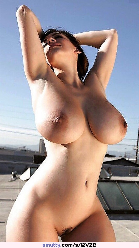 boys nude in front of girls