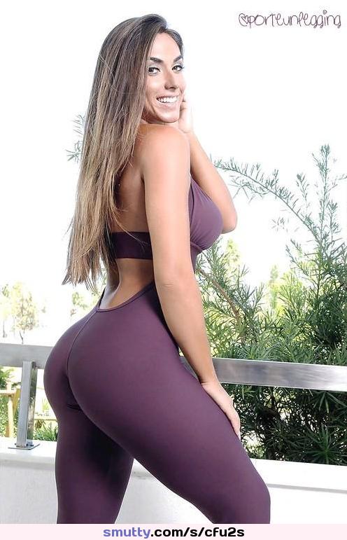 brunette with huge tits bangs stranger
