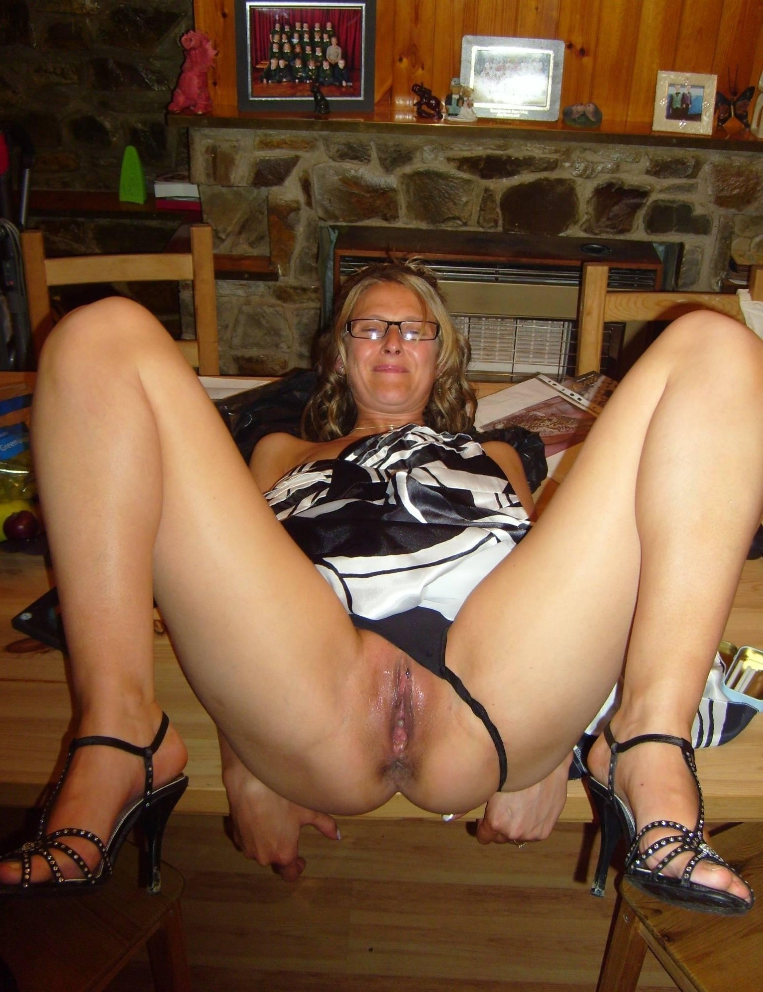 xxx mama free videos watch download and enjoy mama
