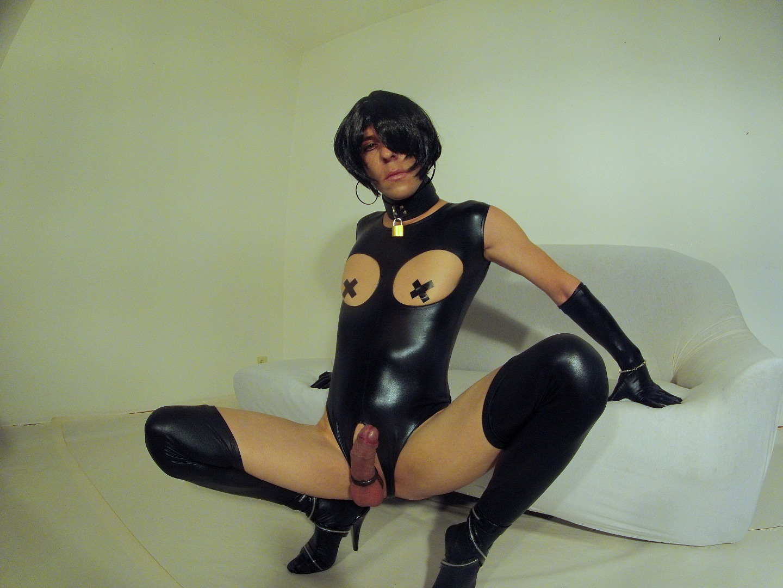 cabaret burlesque dirty martini baloon porn video