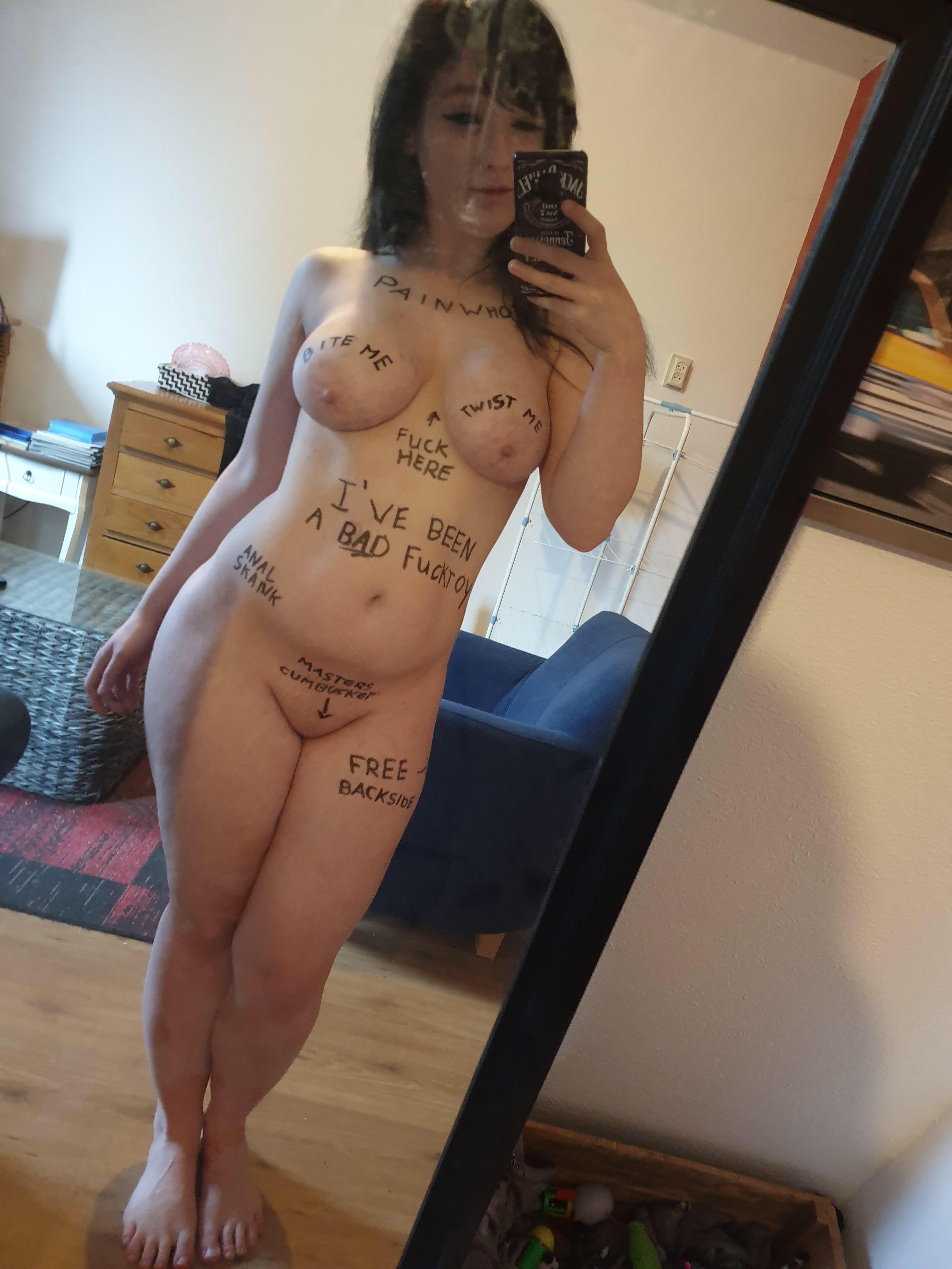 scp o jogo do capiroto jogos #Tits #BigTits #Writing #Lewd #Horny #Slutty #Pussy #SmoothPussy #Teen #Brunette #Naked #Selfshot #MirrorShot #Submissive